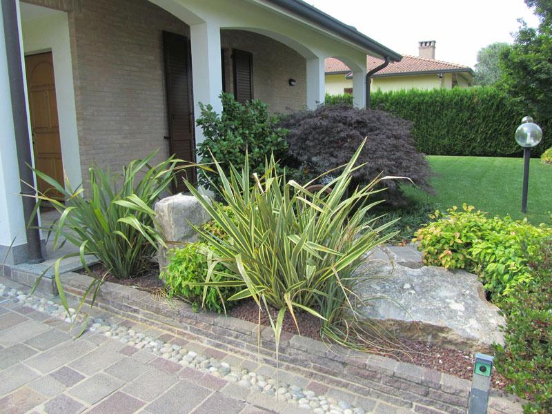 Progettazione giardini monza e brianza realizzazione for Aiuole giardino immagini