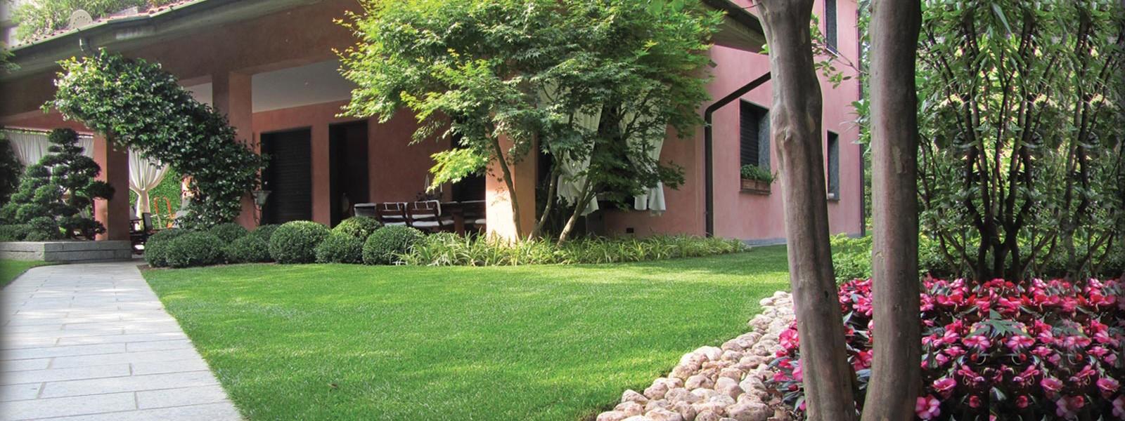 Posa prato in zolle progettazione e realizzazione for Realizzazione giardini privati